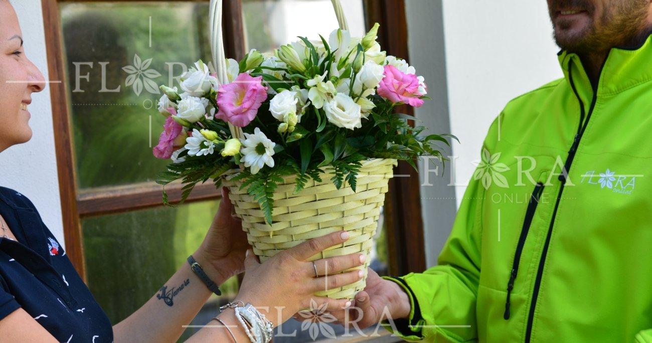 e6eeee281 Kedy darovať žene kvetinu | FLORA - ONLINE